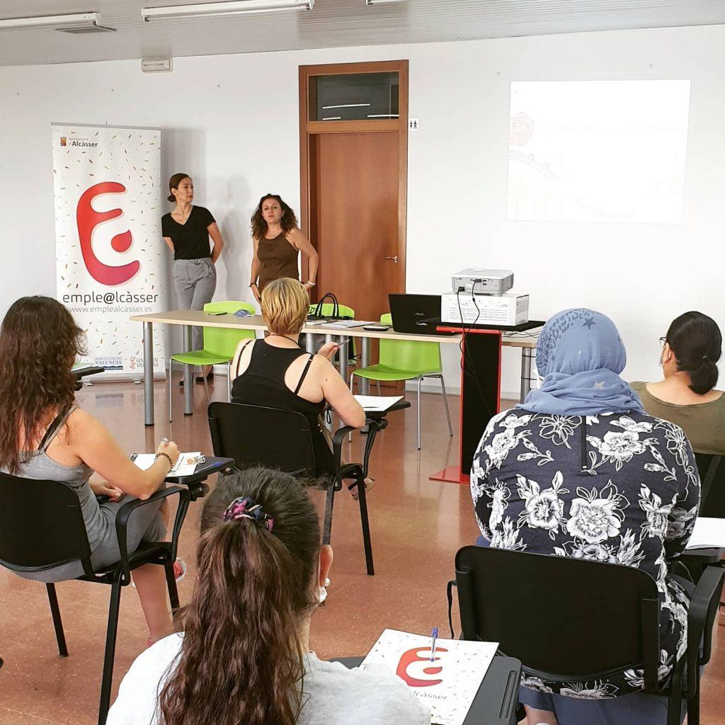 Curso de monitor de comedor escolar en alcàsser valencia formación empleo ayuntamientos RH en positiu